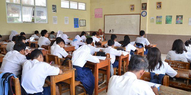 Miris, SMPN 1 Siantan Timur Kekurangan Guru Matematika dan PKN