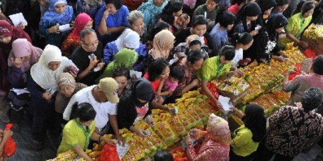 Operasi Pasar Murah Bintan, Kebutuhan Pokok Dijual Rp 64 Ribu per Paket