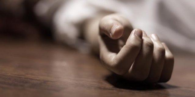 Mayat Pria Nyangkut di Atap Rumah Sakit Setelah Dilempar dari Pesawat