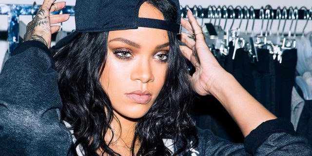 Rihanna Larang Penggemarnya Main Pokemon Go Saat Nonton Konser