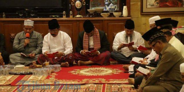 Gubernur dan Ratusan Warga Hadiri Doa 100 Hari Meninggalnya Rekaveny Soerya