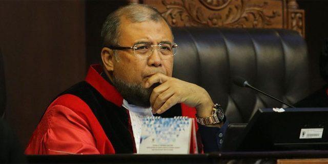 Hakim MK yang Dikabarkan Tertangkap KPK