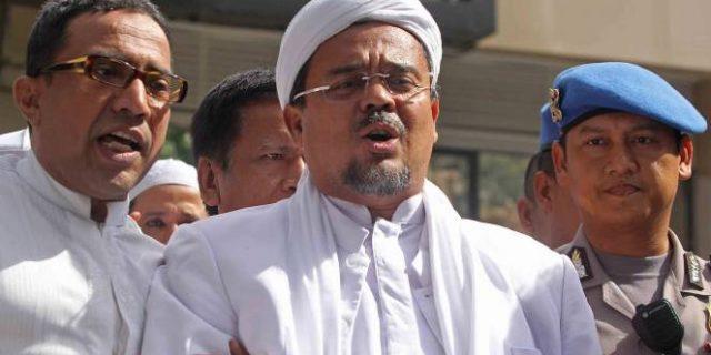 Pengacara Heran Kok Habib Rizieq Dijadikan Tersangka