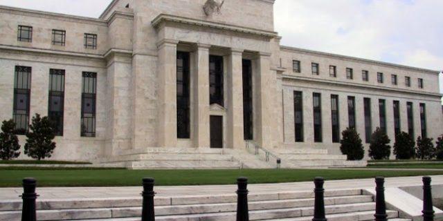 RAPAT BANK SENTRAL AS: Ekonom Prediksi Fed Fund Rate Tetap Di 0,50%
