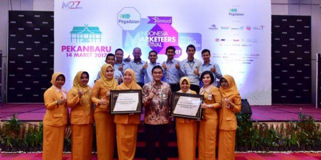 Dirut Bank Riau Kepri Raih 2 Award Sekaligus