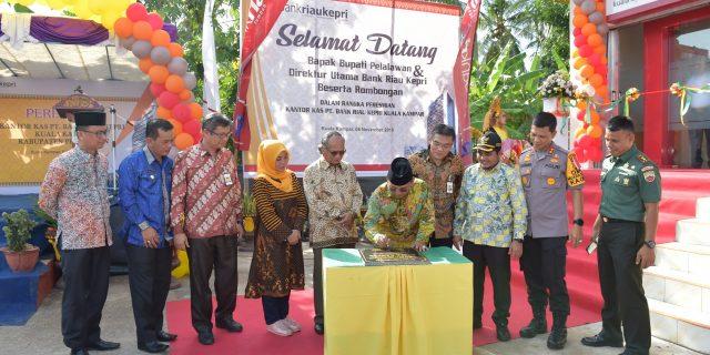 Kantor Kas Bank Riau Kepri Kuala Kampar-Pelalawan Siap Dukung Pertumbuhan Ekonomi Masyarakat Sekitar
