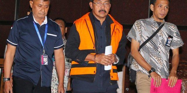 Penahanan Gubernur Kepri Nonaktif Diperpanjang