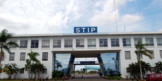 DPR Pertimbangkan Tutup STIP