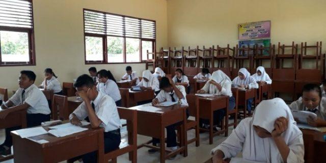 Sebagian Guru Demo, USBN SMP se Pekanbaru Masih Berjalan Lancar