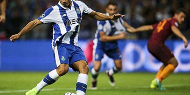 Hasil Play Off Liga Champions: Jalan Lapang Untuk Roma & Monaco