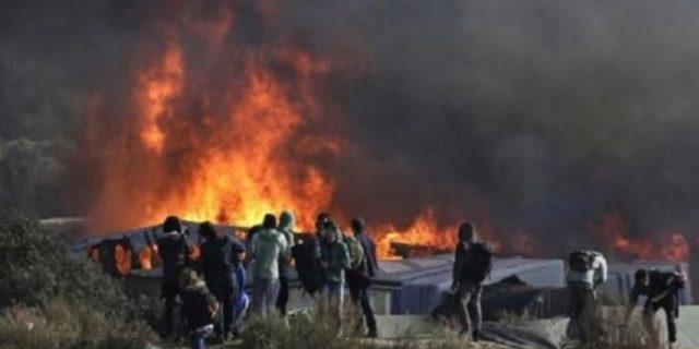 Aparat Perancis Bongkar Kamp