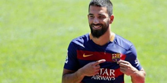 Pemain Barcelona Asal Turki Ini Tidak Bisa Tampil Tiga Pekan