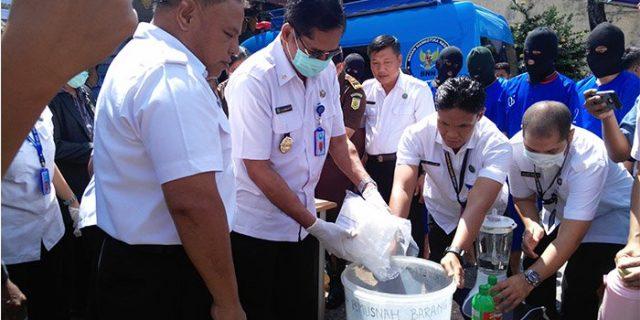 BNN Provinsi Riau Musnahkan Sabu-sabu dan Ekstasi