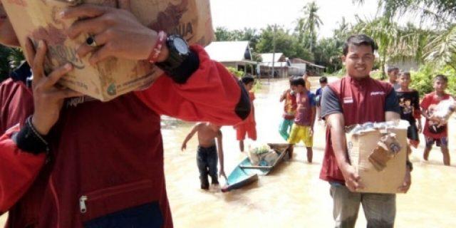 PKPU HI Pekanbaru Respon Banjir di Kuansing