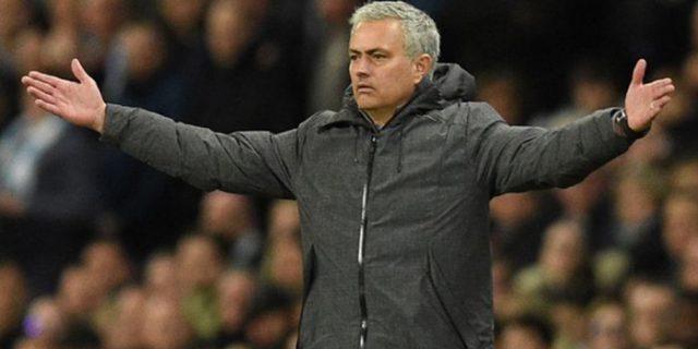 Jose Mourinho Samai Rekor Alex Ferguson Soal Ini