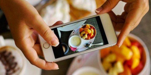 Pria Ini Ceraikan Isitrinya Gara-gara Bagikan Foto Makanan yang Dipesan ke Medsos