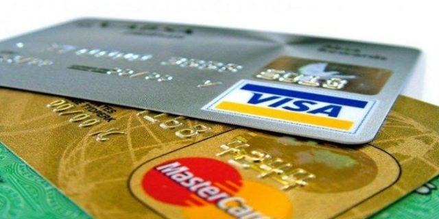 Polisi Bekuk Komplotan Penipu Kartu Kredit
