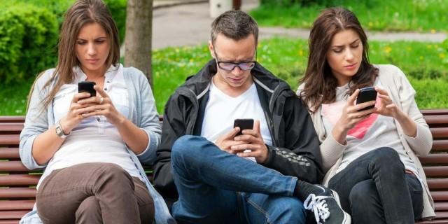 Hati-Hati! Inilah 4 Jenis Penyakit yang Bersumber dari Gadget Anda