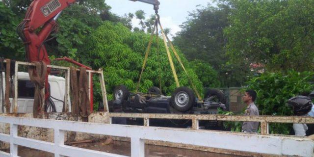Usai Antar Anak, Mobil Terperosok Jurang Dekat Sekolah Jalan Diponegoro Pinang