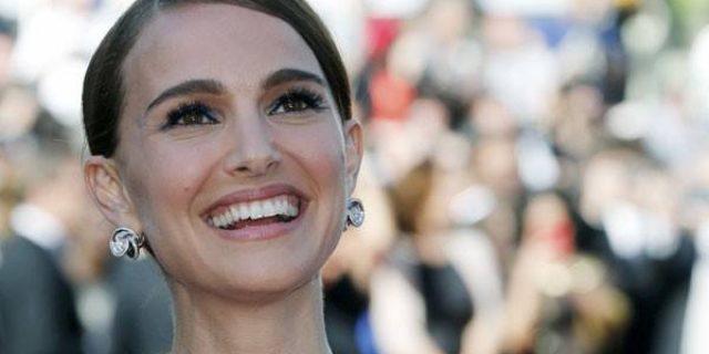 "Natalie Portman: Memerankan Jackie Kennedy ""Menakutkan"""