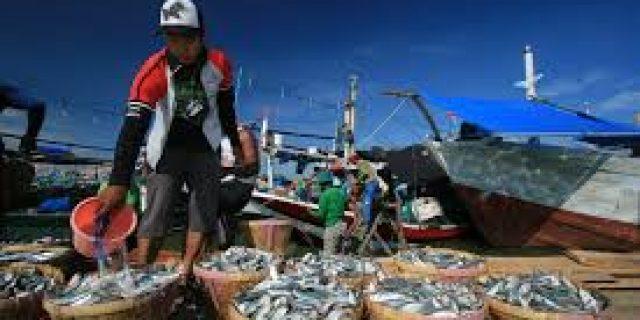 Jokowi Bakal Geser 6.000 Nelayan Jawa ke Natuna