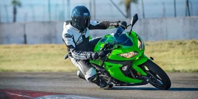 Kawasaki Bakal Rilis Motor Listrik Ninja E2 di Oktober