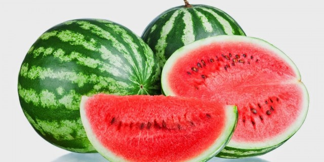Semangka Tak Hanya Segar dan Enak Tapi Juga Kaya Manfaat Bagi Kesehatan