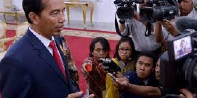 Jokowi Minta TNI-Polri Jadi Mata dan Telinga Negara