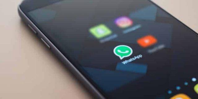 Bahaya, Spyware Android Sadap Whatsapp dan Foto Diam-diam