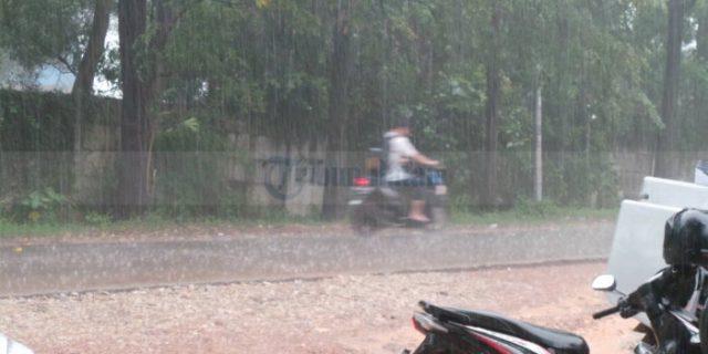 Hujan Deras Guyur Batuaji Sagulung dan Sekitarnya